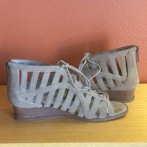 BCBGeneration Shoes - BCBGeneration Madeya Taupe Wedge Sandals Sz-9.5